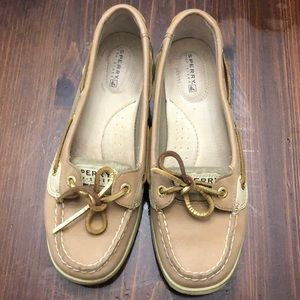 Sperry woman's boat shoes